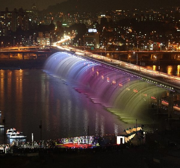 10 đài phun nước độc đáo nhất thế giới