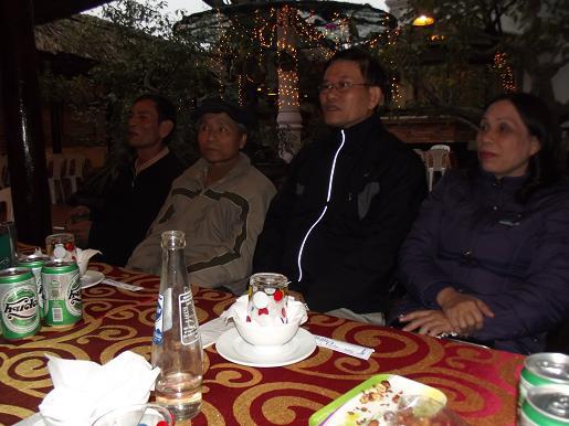 Hình ảnh buổi họp mặt cuối năm của thầy cô ở Huế